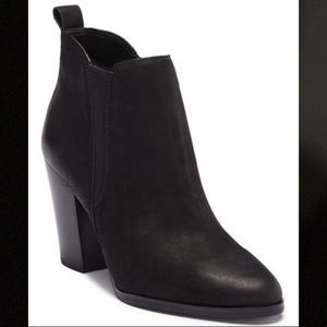 Michael Kors Brandy ankle booties